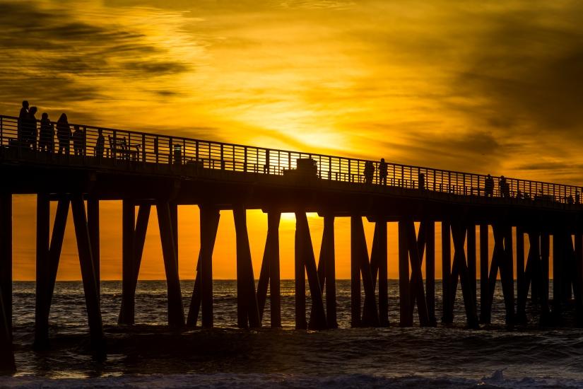 hermosa-beach-pier-silhouette